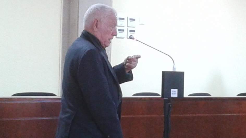Un anciano se enfrenta casi dos años de internamiento en centro psiquiátrico por abusar de una menor