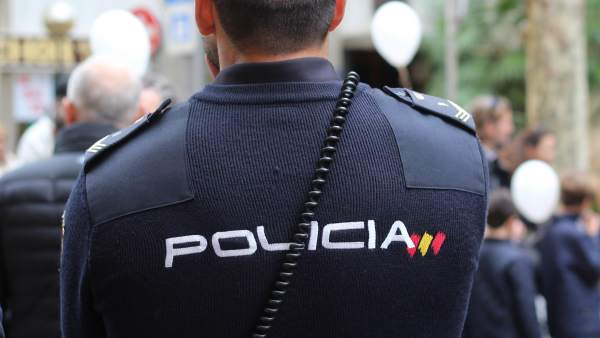 Identificados los tres supuestos agresores del propietario de un pub en Linares por pedirles no fumar