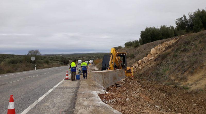 Comienzan las obras para la mejora del drenaje de la A-316 a su paso por Martos