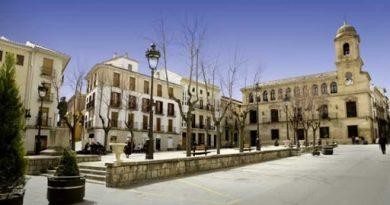 CORONAVIRUS: El Ayuntamiento de Alcalá la Real defiende su organización del servicio de ayuda a domicilio