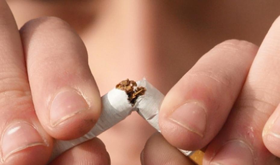 Centros sanitarios de Jaén potencian el abandono del tabaco en embarazadas