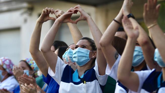 La Junta rinde homenaje a los sanitarios fallecidos por covid-19 en Jaén