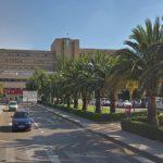 Evacuada una mujer de 65 años al hospital de Linares por un incendio originado en una mesa de camilla