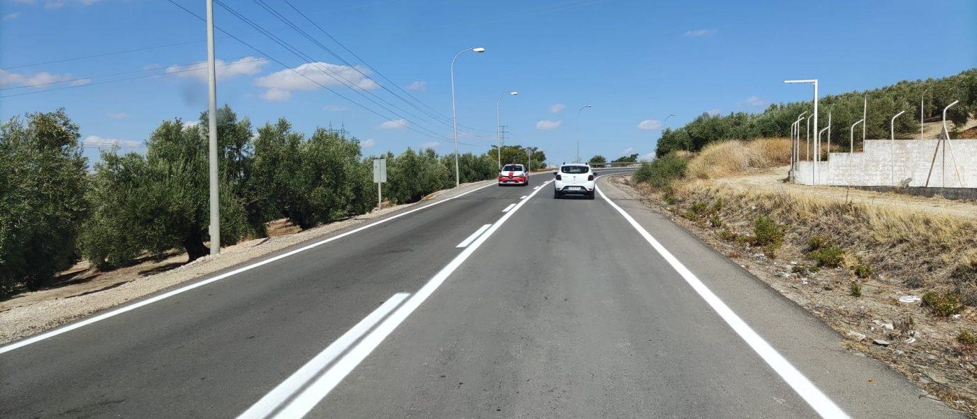 Fomento mejora la señalización de la A-316 y la antigua N-321 en Martos y la A-311 en Andújar
